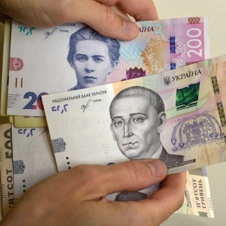 """""""Карантинні"""" 8 тисяч отримали 175 тисяч ФОПів: у яких регіонах виплатили найбільше грошей"""