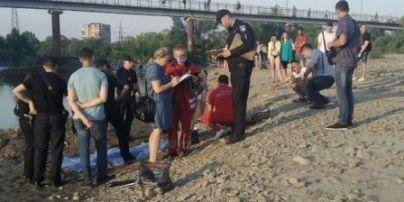 Купалась з подругами і раптом зникла: в Івано-Франківську втопилась 12-річна дівчинка (фото)