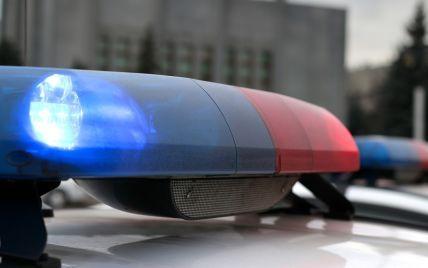 У Дніпрі біля школи помітили чоловіка з дробовиком: в поліції розповіли подробиці