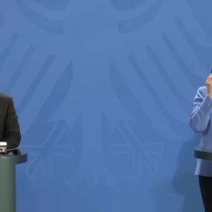 """Меркель рассказала, будет ли происходить транзит газа через Украину после достройки """"Северного потока-2"""""""