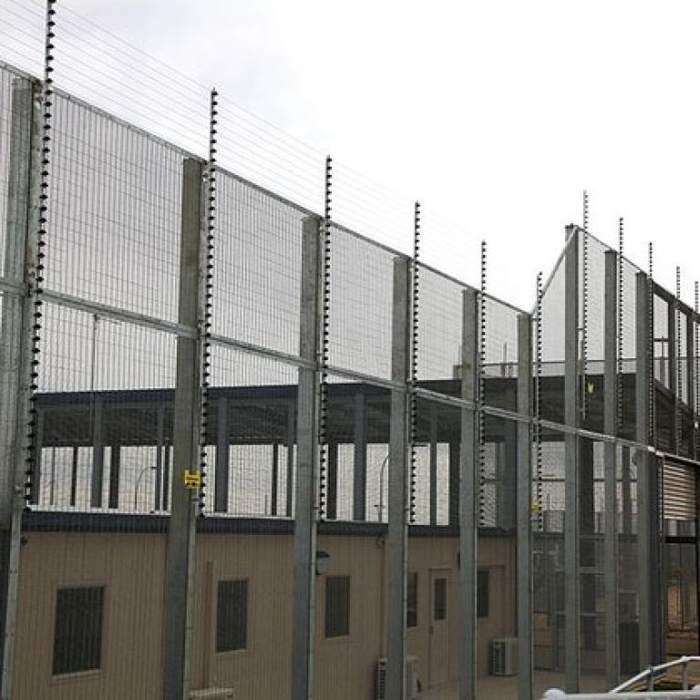 В Австралии беженцы вырыли под центром содержания мигрантов 20-метровый тоннель
