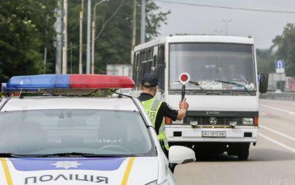 Остановка автомобиля патрульной полицией: как должен вести себя водитель по новому закону