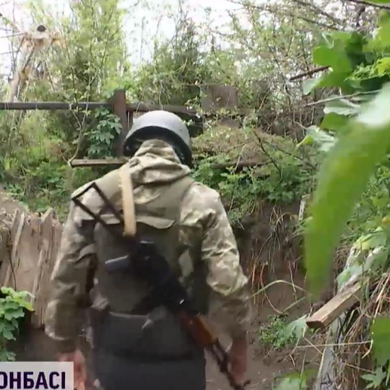 Вдруге за тиждень цивільні з Мар'їнки потрапили під обстріли бойовиків