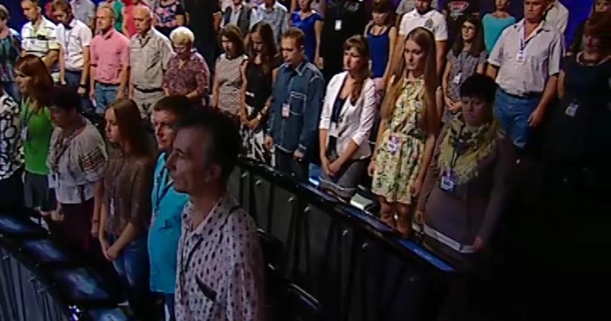 Эфир политического ток-шоу «Шустер Live» начался с минуты молчания