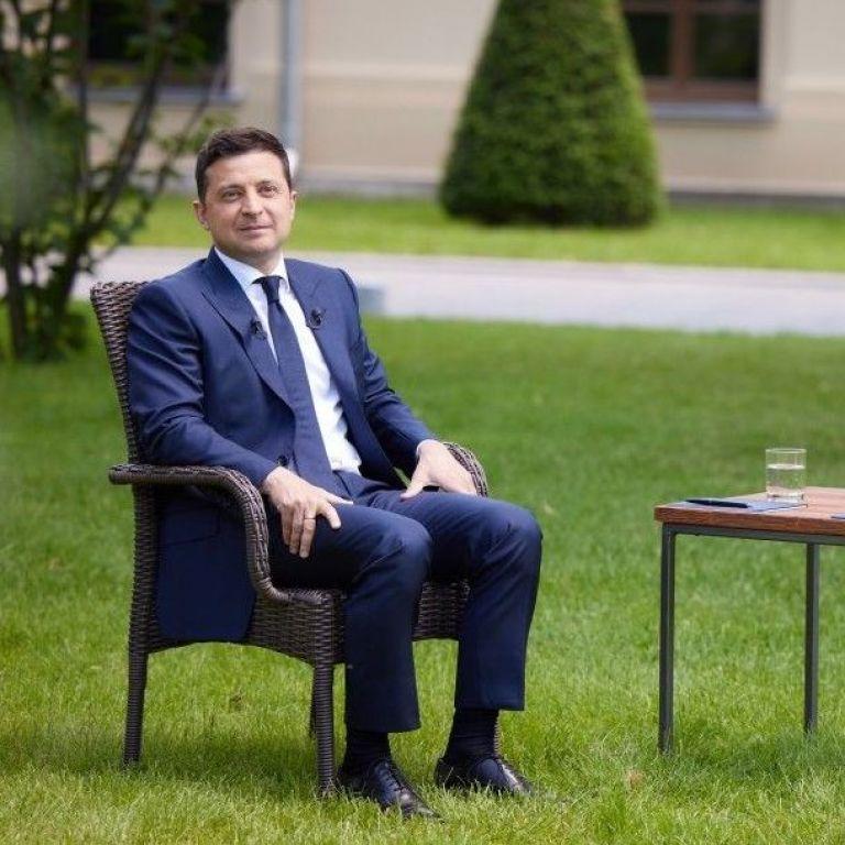 """""""М'яч сьогодні на боці Росії"""" - Зеленський прокоментував можливість зустрічі з Путіним"""