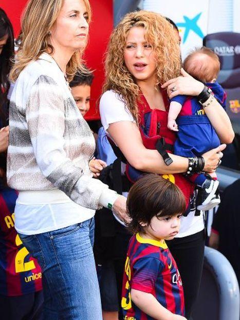 Шакира с сыновьями Миланом и Сашей / © Getty Images/Fotobank