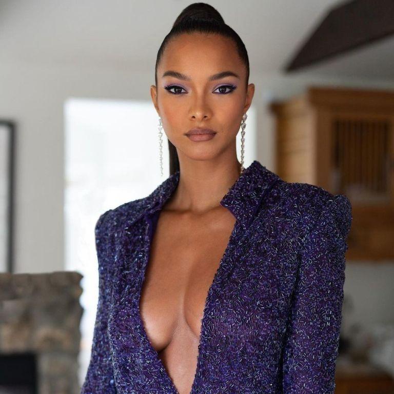 Выглядит роскошно: Лаис Рибейро подчеркнула красивую грудь платьем