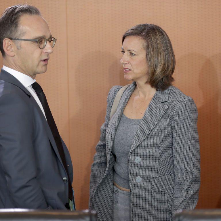 У німецькому уряді заявили, що питання вступу України до НАТО не на порядку денному