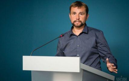 Уночі в Києві підпалили двері Українського інституту національної пам'яті