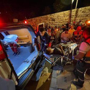 Число пострадавших в результате беспорядков в Иерусалиме превысило две сотни