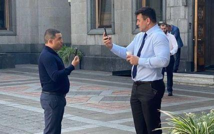 """""""Ты — дурак?"""": Тищенко в Раде устроил схватку с другим нардепом """"Слуги народа"""""""