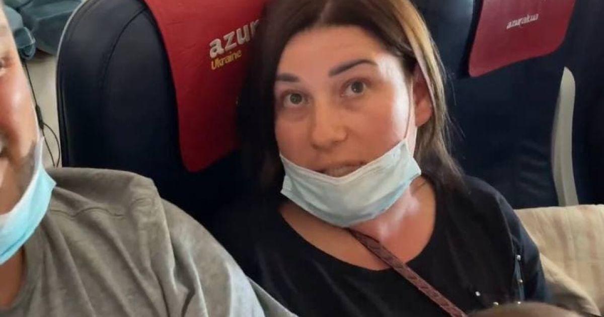 Жінка, яка за словами блогера, роздерла лице дівчині й відкусила їй ніготь / © Андрій Трушковський Instagram
