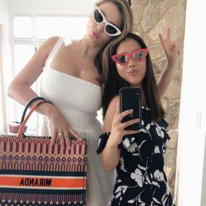 На море з подругами: Міранда Керр поділилася знімками з відпочинку