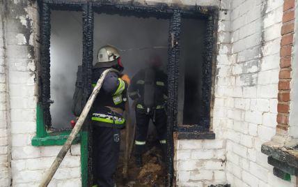 Загиблих у пожежі у Кіровоградській області дітей мали забрати у батьків-пияків