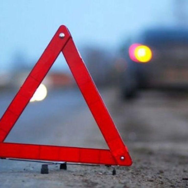Смертельна ДТП у Києві: позашляховик переїхав жінку, коли та перебігала дорогу у вісім смуг