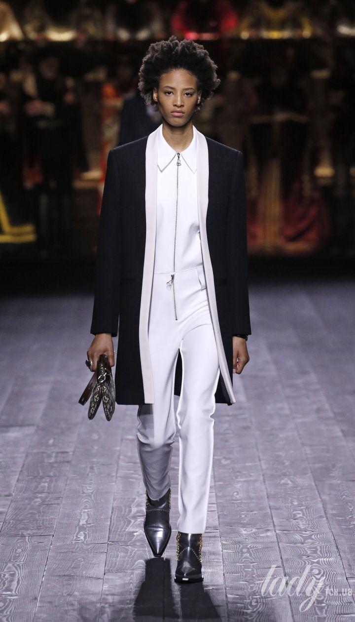 Коллекция Louis Vuitton прет-а-порте сезона осень-зима 2020-2021 / © East News