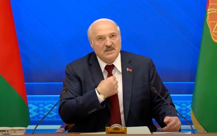Подготовка боевиков, российский Крым и отцовские чувства к Зеленскому: что говорил об Украине Лукашенко