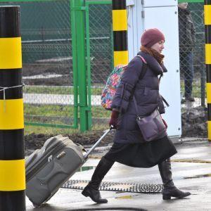 Каждый десятый украинец после заработков в Польше планирует туда переехать - опрос