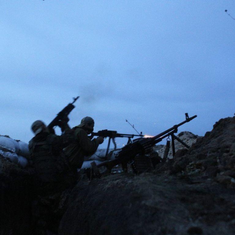 У машину українських бійців влучила протитанкова ракета: є загиблий