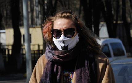 В Україні рекордно падає кількість інфікованих коронавірусом, але почастішали безсимптомні випадки