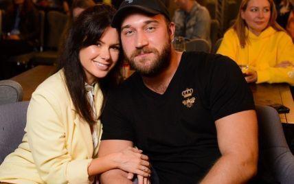Руслан Ханумак с женой рассекретили, где планируют отпраздновать годовщину свадьбы