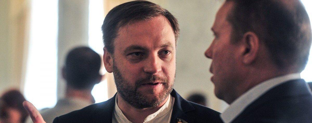 Які статки має претендент на посаду голови МВС України Денис Монастирський