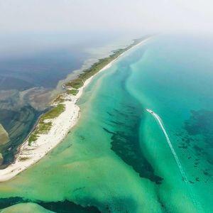 Українська відповідь Мальдівам: відпустка у наметах серед дикої природи на острові Джарилгач