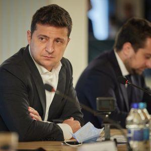 Світовий банк дасть Україні 100 млн доларів на відновлення економіки підконтрольного Донбасу - Зеленський