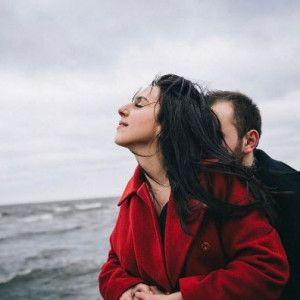 Джамала влаштувала романтичну фотосесію з нареченим у Вільнюсі