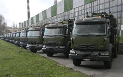 Украинская армия получила новые грузовики от мирового производителя