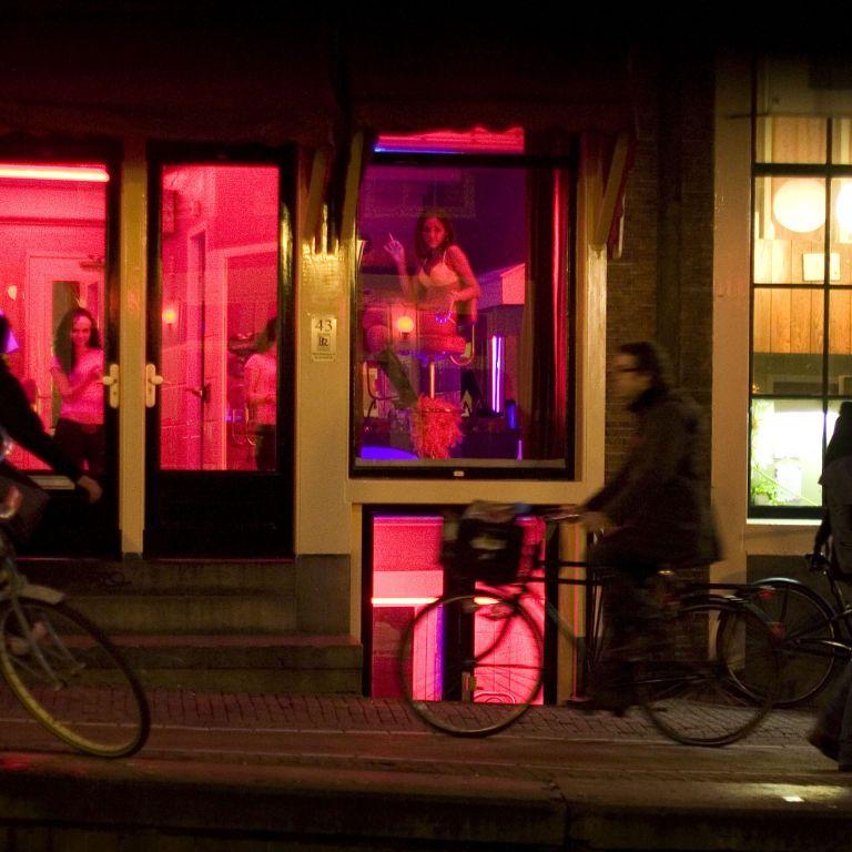 100 кімнат і 2 бари: в Амстердамі планують побудувати п'ятиповерховий еротичний центр