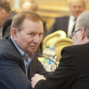 Кучма та Сайдік не змогли прилетіти на засідання ТКГ в Мінську