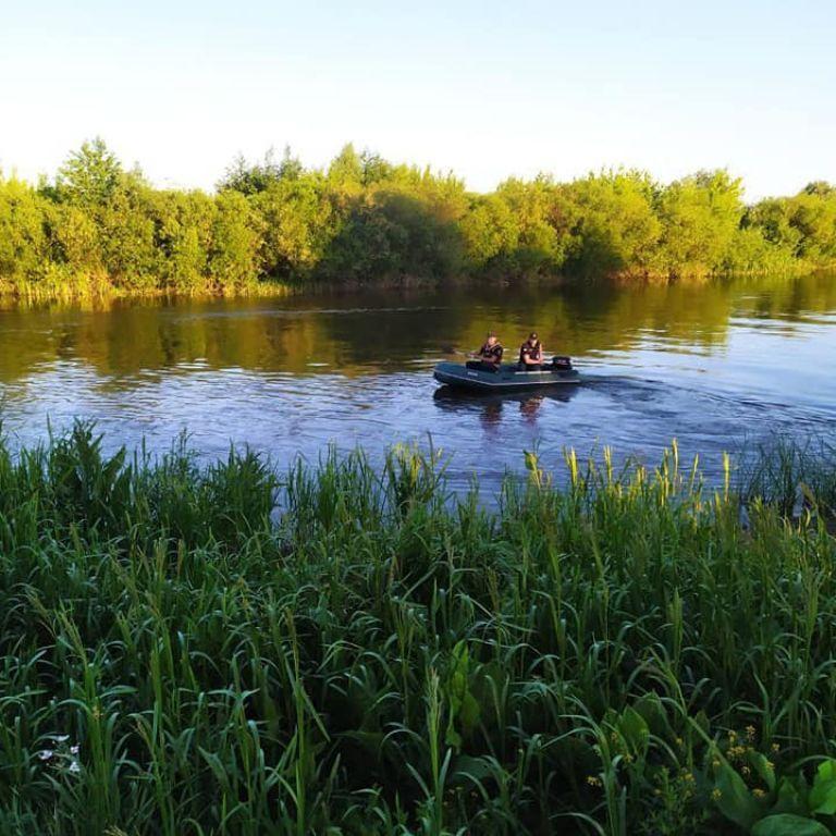 Трагедія на воді: в Рівненській області під час купання загинув 12-річний хлопчик (фото)