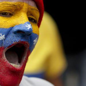 Сквоттеры захватили посольство Венесуэлы в Вашингтоне