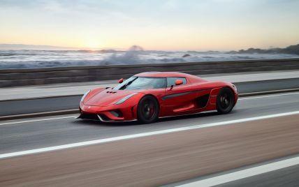 Названы самые быстрые суперкары 2021 года: топ-5 моделей