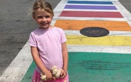 """""""Вухо практично звисало"""": на пляжі у США дикий койот спотворив обличчя трирічної дівчинки (фото)"""