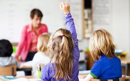 На Волині виявили чотири спалахи коронавірусу: три у школах і один в садочку