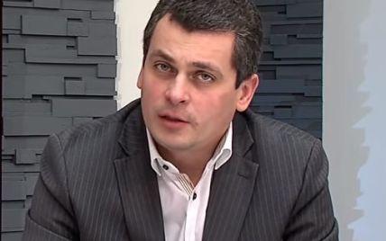 Подозреваемого в подкупе голосов черновицкого кандидата в депутаты объявили в розыск