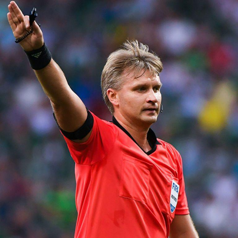 УЄФА дискваліфікував російського суддю на 10 років: у чому звинуватили арбітра