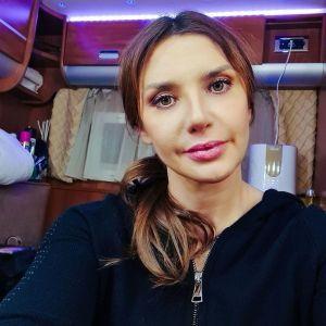"""""""Мы, конечно, вернулись домой"""": Оксана Марченко заверила, что вместе с Медведчуком уже в Украине"""