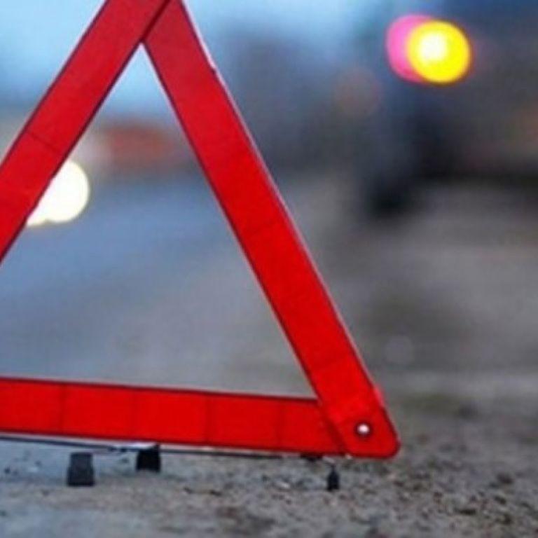 На трасі Київ-Одеса п'яний водій н асмерть збив жінку