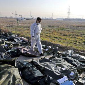 Иранские спецслужбы допрашивали и запугивали родственников жертв авиакатастрофы украинского самолета