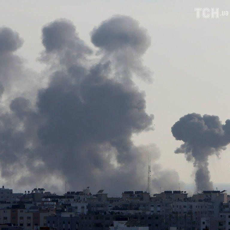 Терроризирует мирных жителей на расстоянии 140 км: ХАМАС выпустил по Израилю более 1500 ракет за три дня