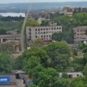 У Дніпрі містом пронісся смерч: місцеві жителі публікують в Мережі кадри, які вражають