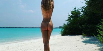 Обнаженная и сексуальная: Оля Полякова показала откровенное фото с Мальдив