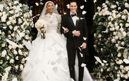 """В роскошном платье Zuhair Murad: """"ангел"""" Жасмин Тукс вышла замуж и показала свадебные фото"""