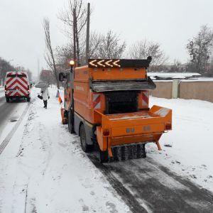 Погода на четвер: Україну засипає снігом, місцями ожеледиця