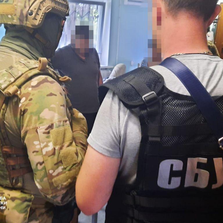 """""""Таким, как вы, недолго осталось"""": СБУ задержала двух полковников по подозрению в госизмене"""