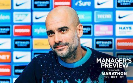 """Christmas in the air. Тренер """"Манчестер Сіті"""" захотів віддати журналісту різдвяний светр за комплімент"""