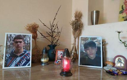 Пока приехала скорая, Глеб истек кровью: в центре Дрогобыча погиб 16-летний парень, который перелезал через забор